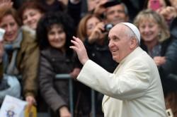 Papa Francesco Bergoglio in Piazza di Spagna, Roma. Fonte: google.it
