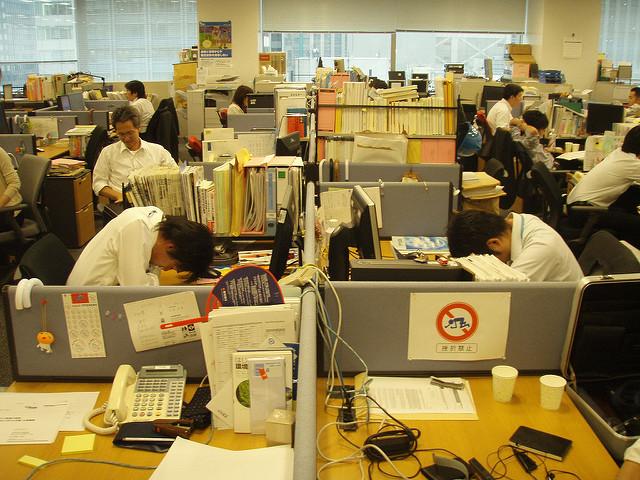 giappone karoshi morte troppo lavoro