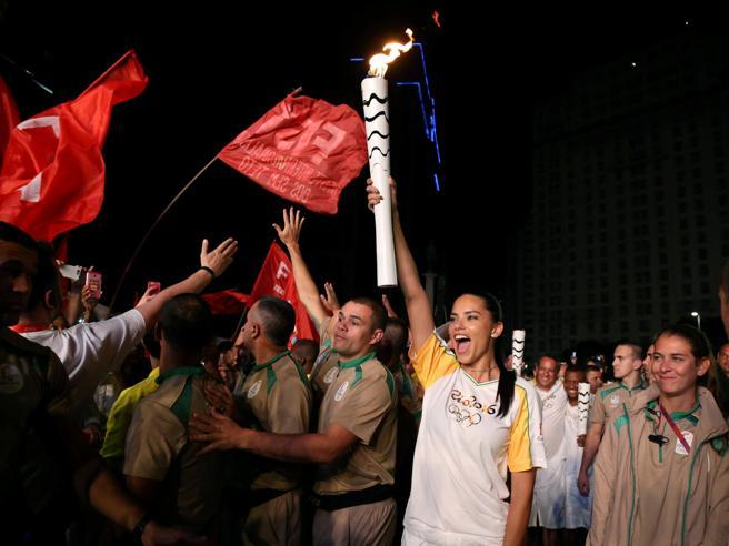 brasile olimpiadi proteste