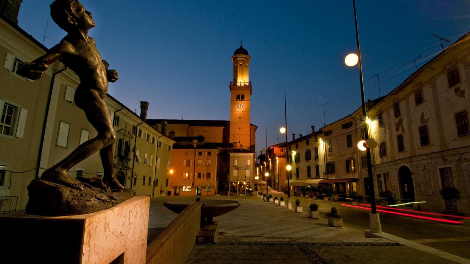 piazza cormons turismo fvg