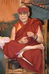 XIV Dalai Lama, Tenzin Gyatso. Fonte foto: google.